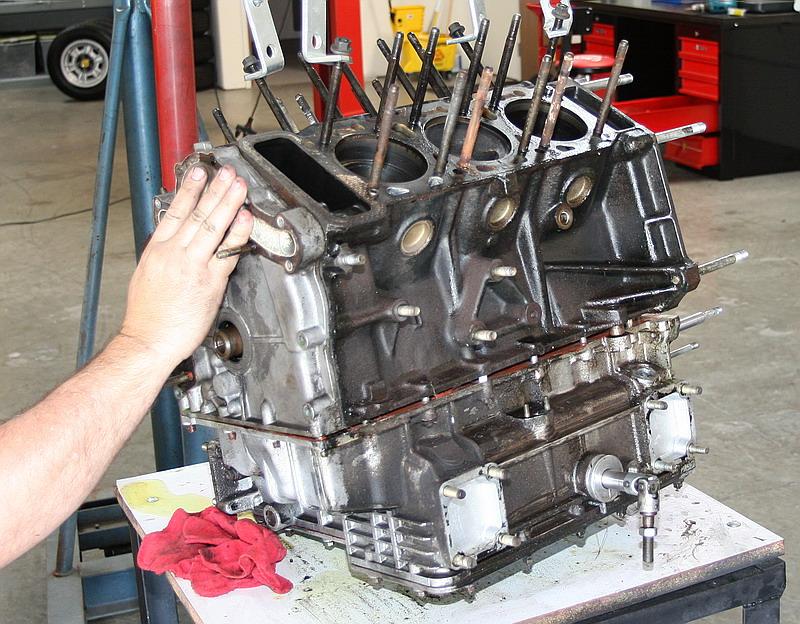 engine002