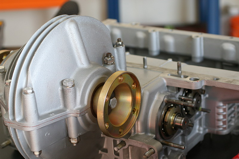 engine032