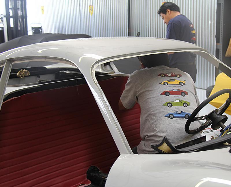 Ferrari Dino interior, omgjon, Jon Gunderson, Dino Restoration